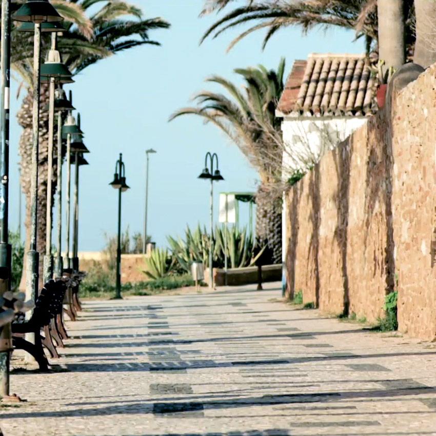 praia da luz promenade